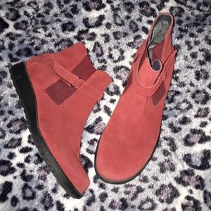 Keds 7.5 suede ankle boots active wear brand new